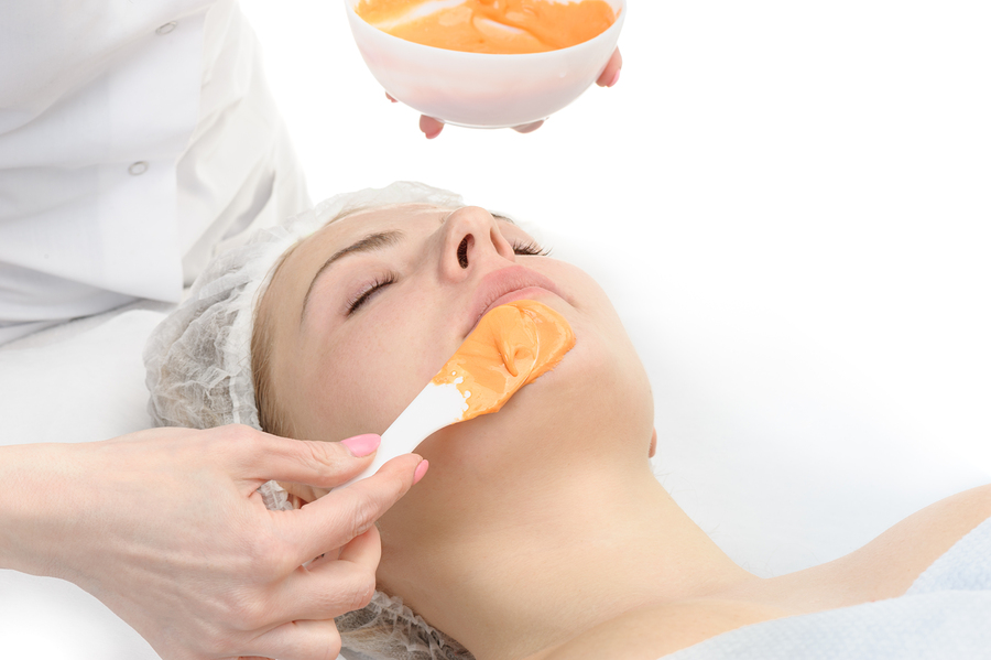 Beauty salon, applying of Alginate Peel-Off Powder facial Mask