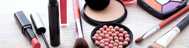 Jakie kosmetyki kolorowe najchętniej kupują Polki?